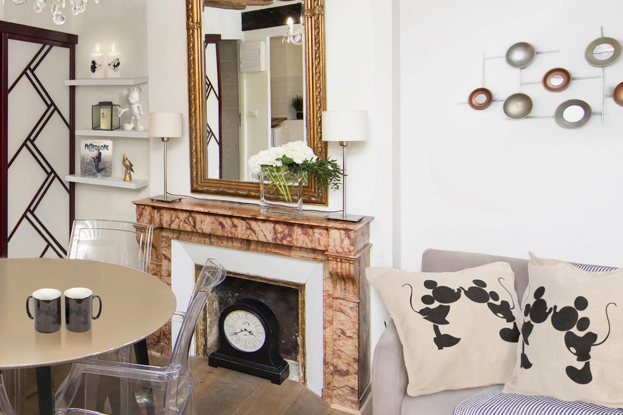 Appartement parisien avec cheminée en marbre